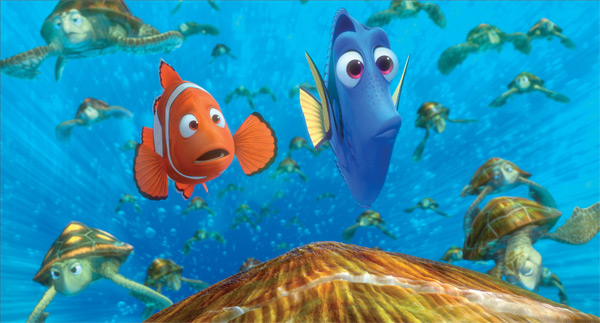 Marlin-and-Dory-take-a-wild-ride-in-the-EAC-with-Crush